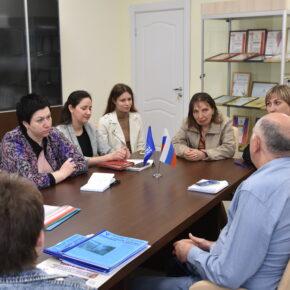 В Волгоградском  региональном  центре общественного здоровья и медицинской профилактики  прошла   рабочая встреча с представителями социальных учреждений региона